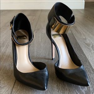 Black ankle heels
